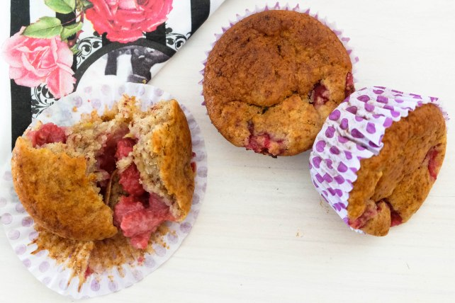 Banana Raspberry Muffin 3 (1 of 1)